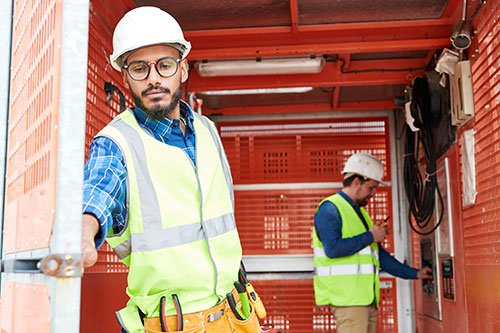 middle-eastern-construction-worker-using
